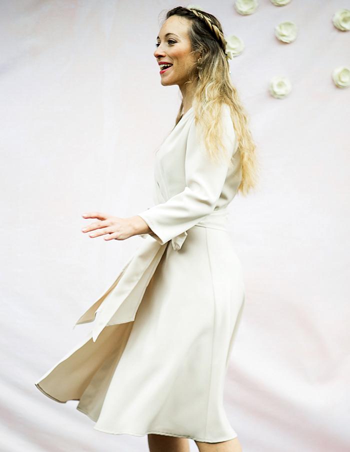 Robe porte-feuille Valentine de cote Aurore Gwladys