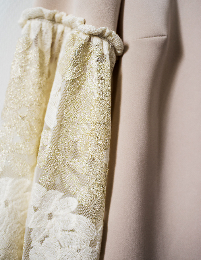 Detail de la blouse Juliette Aurore Gwladys