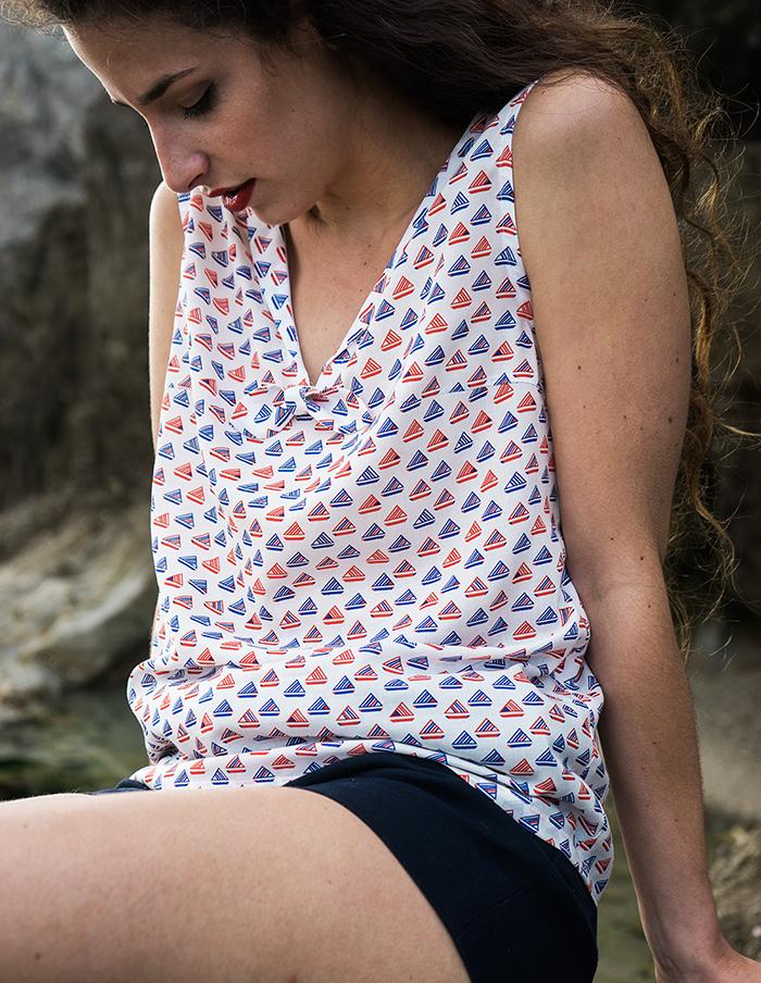 T-shirt sans manches Marin rouge et marine Aurore Gwladys